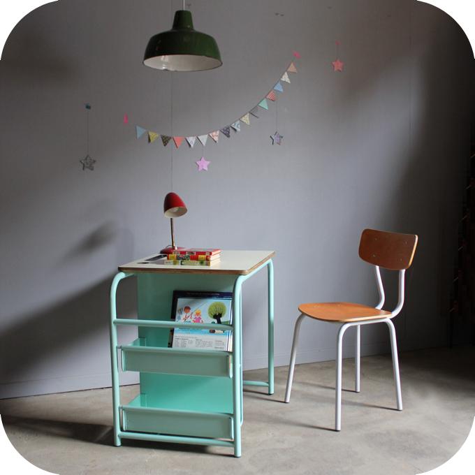bureau vintage enfant m tal c293 atelier du petit parc. Black Bedroom Furniture Sets. Home Design Ideas