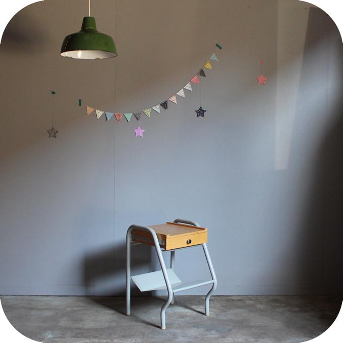 chevet vintage m tal internat ann es 50 ann es 60 atelier du petit parc. Black Bedroom Furniture Sets. Home Design Ideas