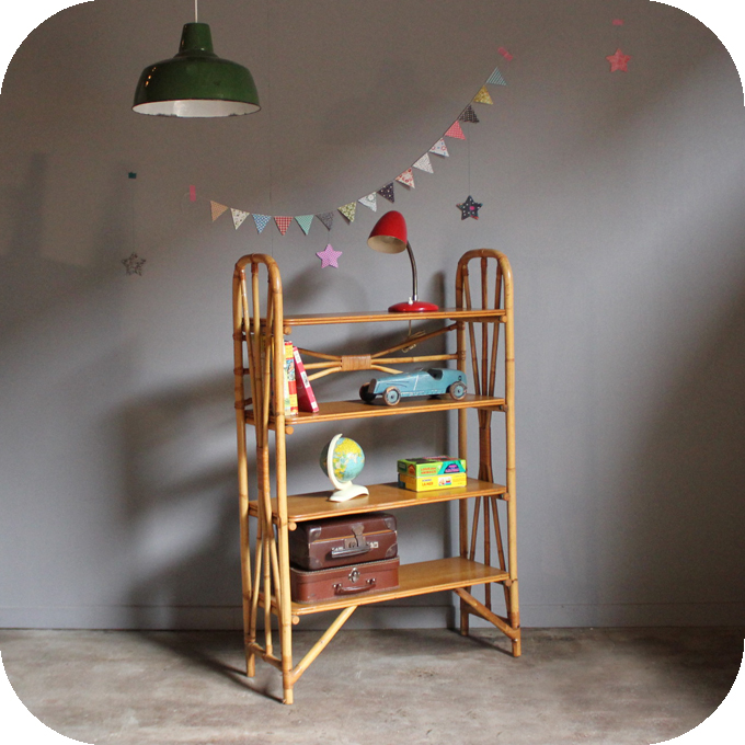Biblioth que en rotin table de lit for Petits meubles en rotin