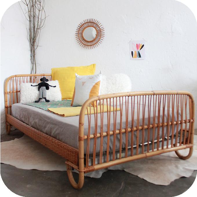 lit rotin vintage ann es 50 atelier du petit parc. Black Bedroom Furniture Sets. Home Design Ideas