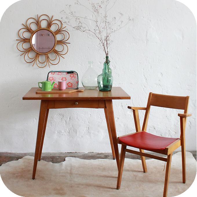 mobilier vintage table bureau vintage ann es 50 ann es 60 atelier du petit parc. Black Bedroom Furniture Sets. Home Design Ideas