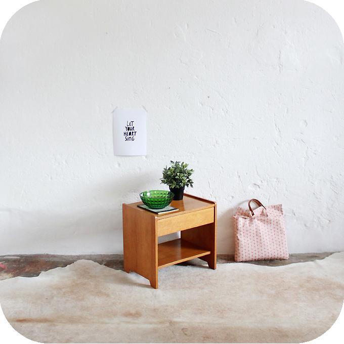 d393 mobilier vintage chevet vintage annees 50 b atelier du petit parc. Black Bedroom Furniture Sets. Home Design Ideas