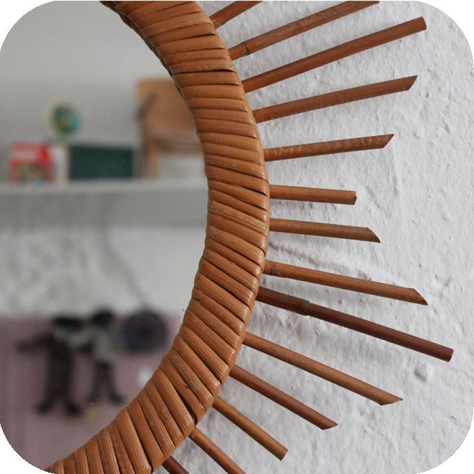 Miroir rotin vintage forme etoile atelier du petit parc for Meuble 5 etoile soukra