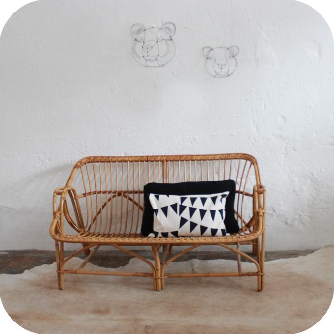 banquette canap rotin vintage atelier du petit parc. Black Bedroom Furniture Sets. Home Design Ideas