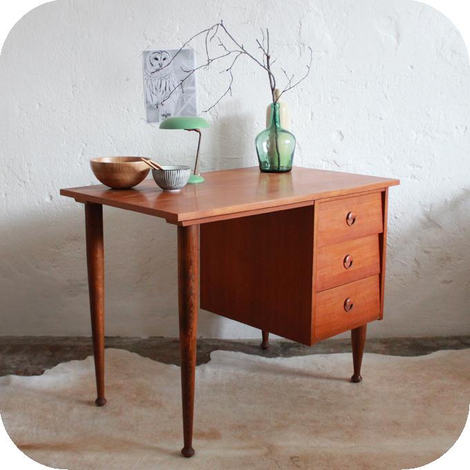 bureau vintage scandinave scandinavian rosewood desk galerie m bler bureau vintage ann es 70. Black Bedroom Furniture Sets. Home Design Ideas