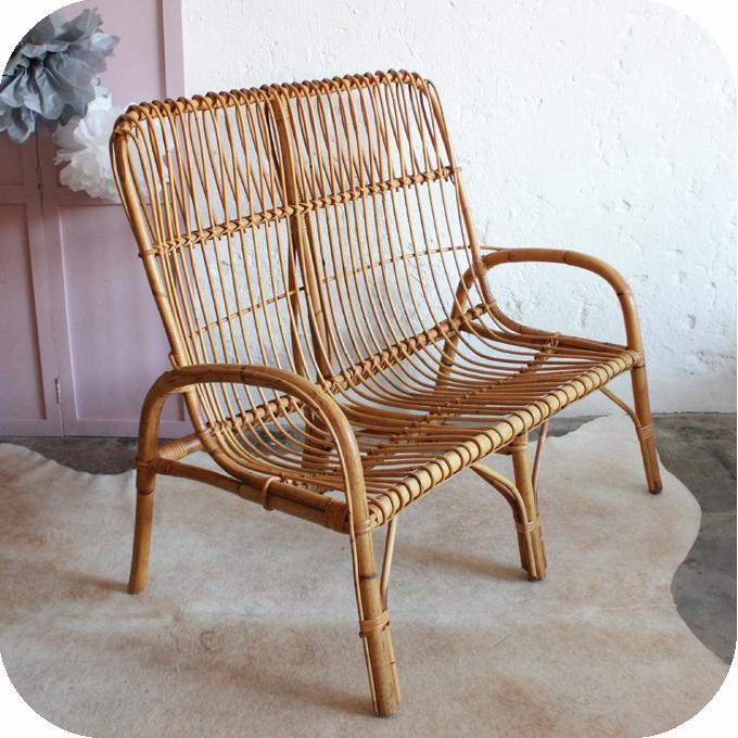 banquette rotin vintage mobilier vintage atelier du petit parc. Black Bedroom Furniture Sets. Home Design Ideas