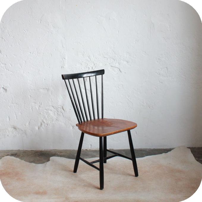 Chaise bois scandinave atelier du petit parc for Chaise style atelier