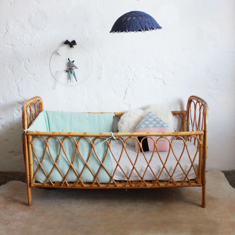 lit berceau b b ancien atelier du petit parc. Black Bedroom Furniture Sets. Home Design Ideas