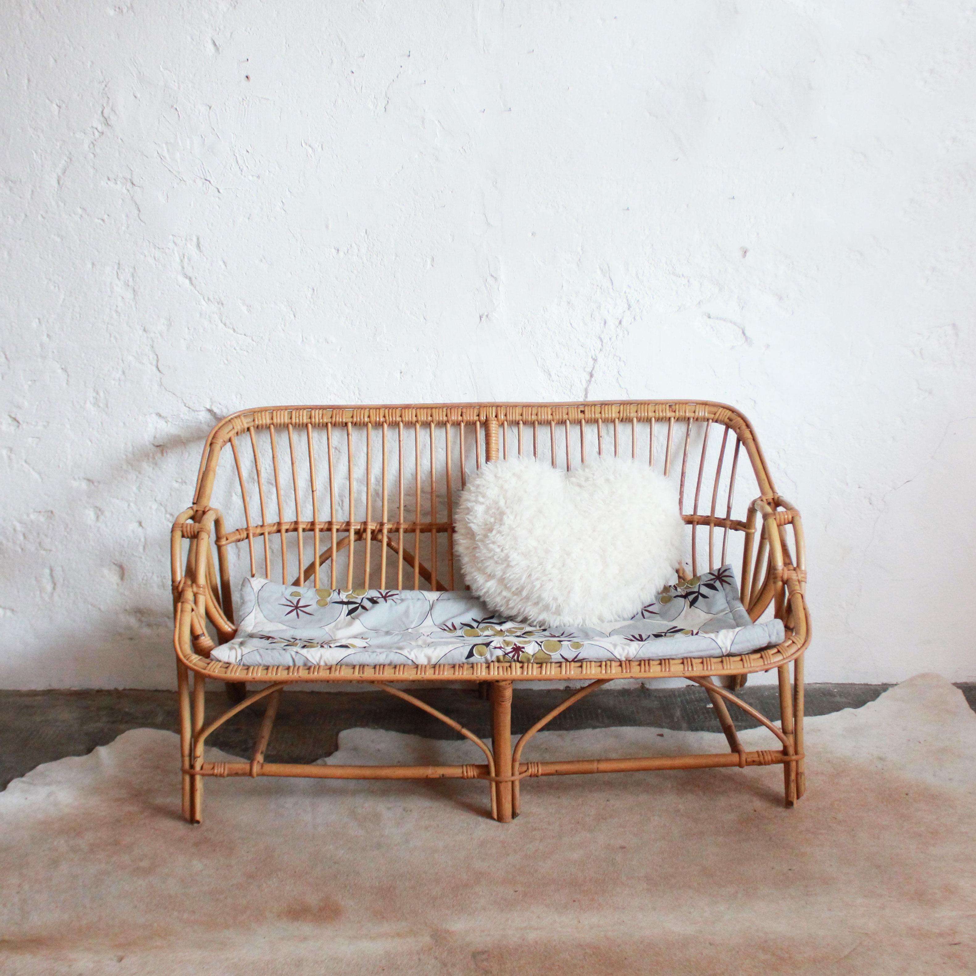 banquette canap en rotin atelier du petit parc. Black Bedroom Furniture Sets. Home Design Ideas