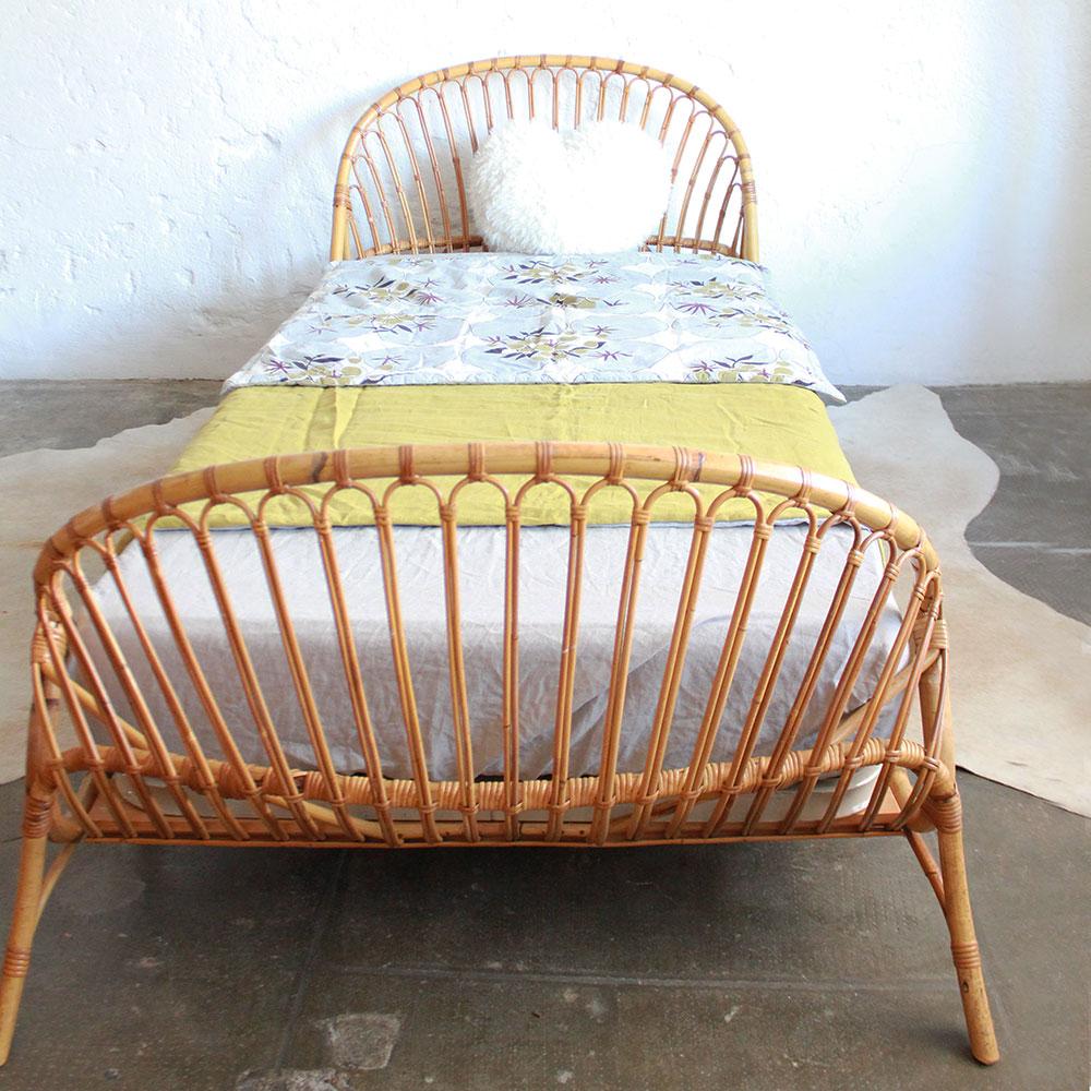 lit rotin corbeille vintage nantes atelier du petit parc. Black Bedroom Furniture Sets. Home Design Ideas