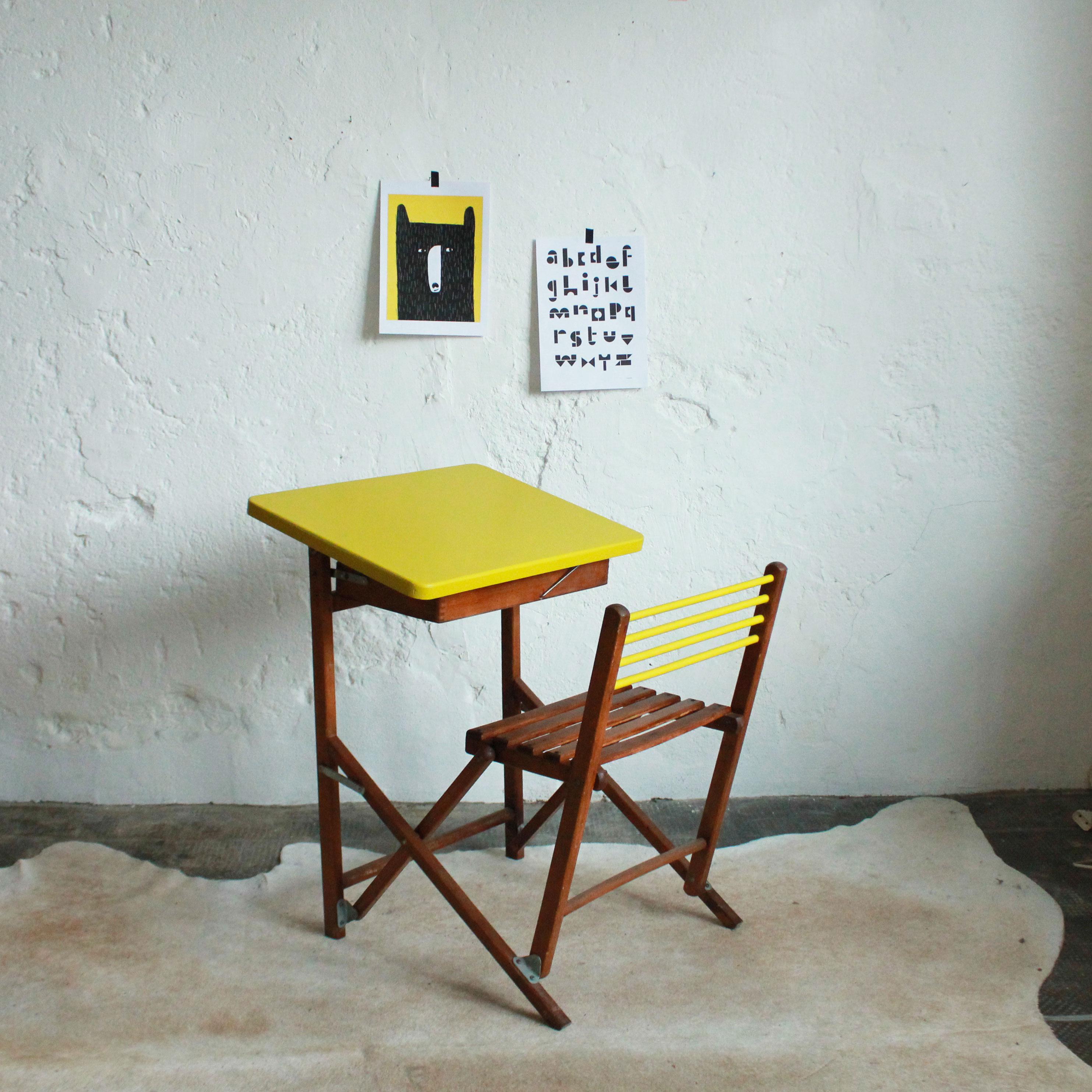 bureau enfant pliant 70756 bureau id es. Black Bedroom Furniture Sets. Home Design Ideas