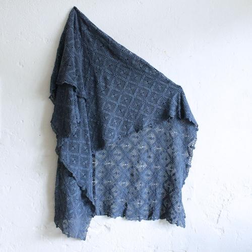 Plaid-crochet-vintage-bleumoyen-MA_couv004_a