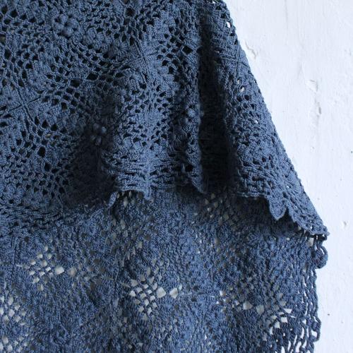 Plaid-crochet-vintage-bleumoyen-MA_couv004_v
