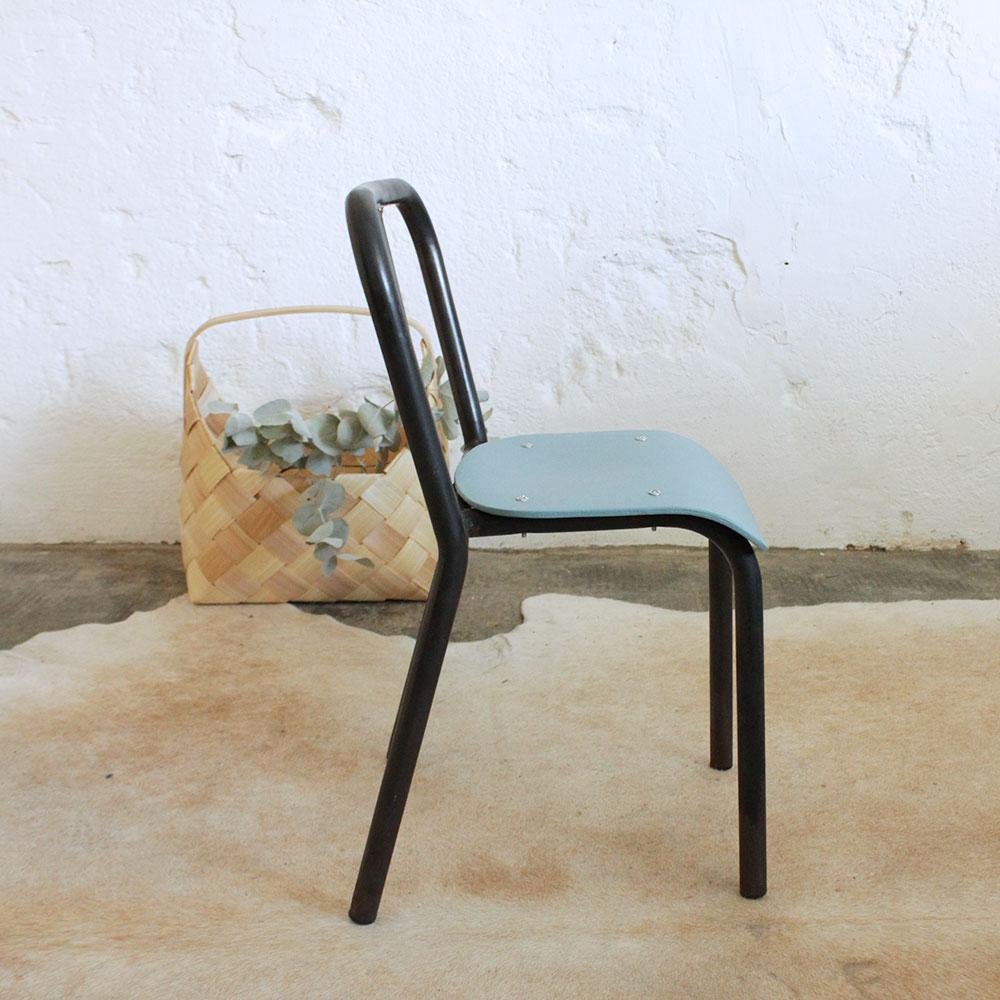 Petite chaise style tolix atelier du petit parc for Chaise style atelier