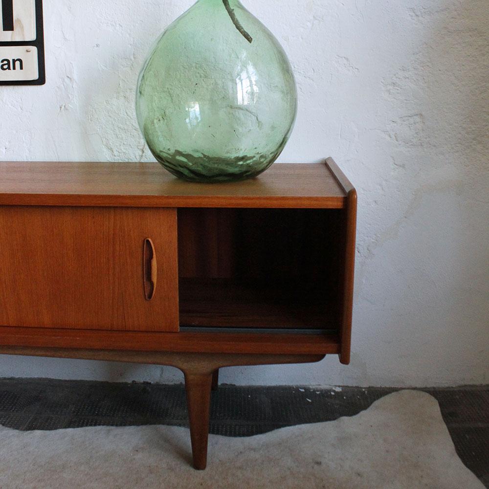 enfilade fran aise vintage en teck atelier du petit parc. Black Bedroom Furniture Sets. Home Design Ideas