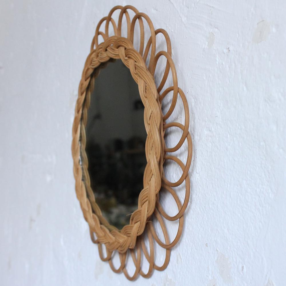 Miroir rotin vintage forme fleur atelier du petit parc for Theatre du petit miroir