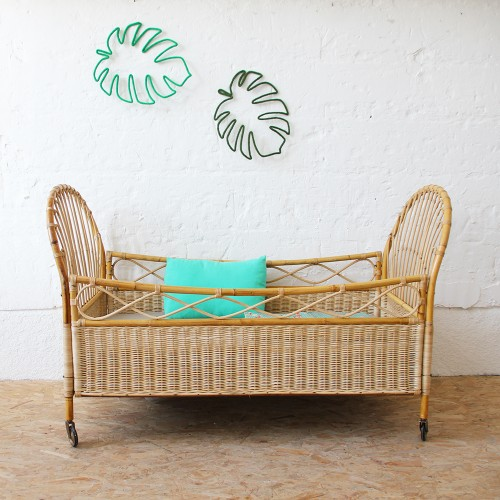 berceau vintage en rotin atelier du petit parc. Black Bedroom Furniture Sets. Home Design Ideas