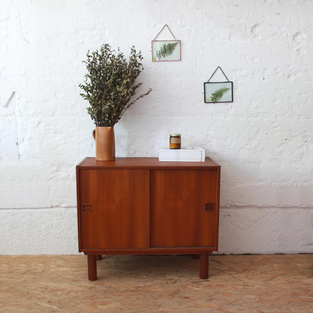 enfilade danoise vintage en teck atelier du petit parc. Black Bedroom Furniture Sets. Home Design Ideas