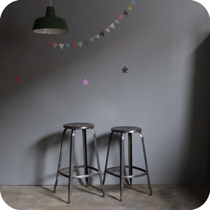 tabouret d 39 atelier nicolle atelier du petit parc. Black Bedroom Furniture Sets. Home Design Ideas