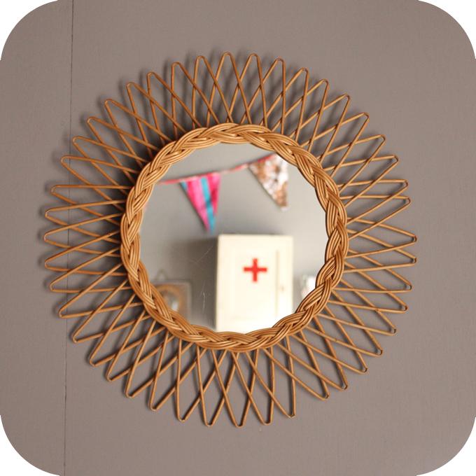 Miroir rotin atelier du petit parc for Miroir rotin osier