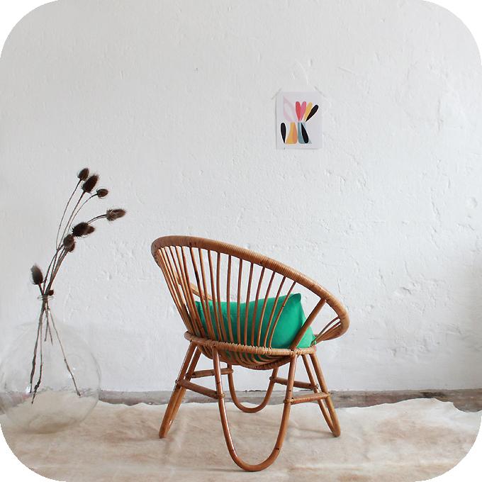 d213 fauteuil rotin vintage boule d atelier du petit parc. Black Bedroom Furniture Sets. Home Design Ideas