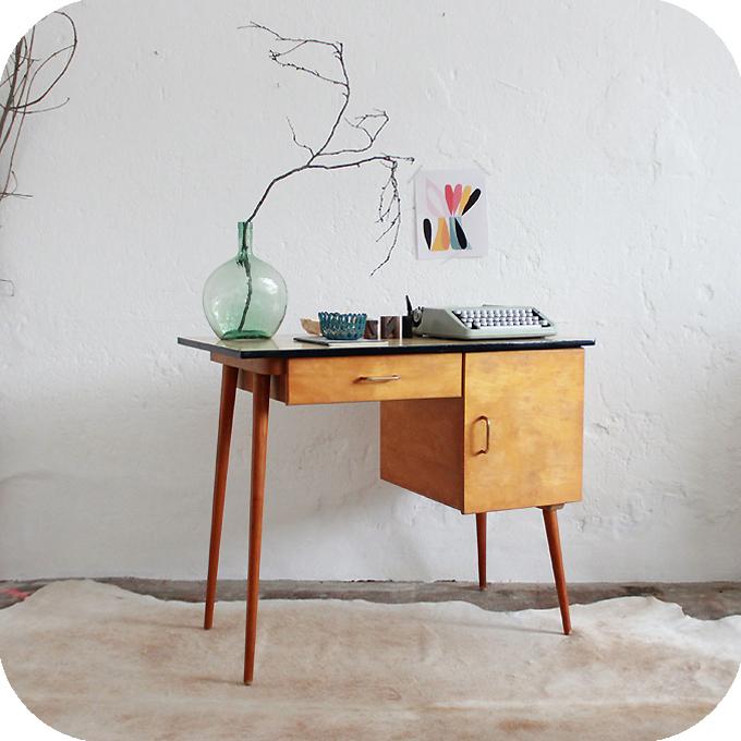 D227 mobilier vintage bureau enfant b atelier du petit parc - Petit bureau vintage ...