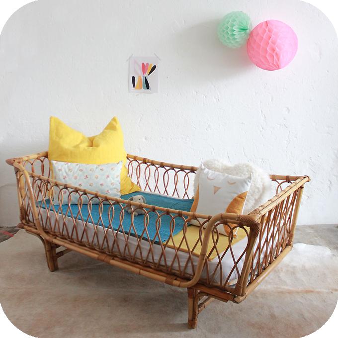 d333 mobilier vintage banquette lit rotin daybed bb atelier du petit parc. Black Bedroom Furniture Sets. Home Design Ideas