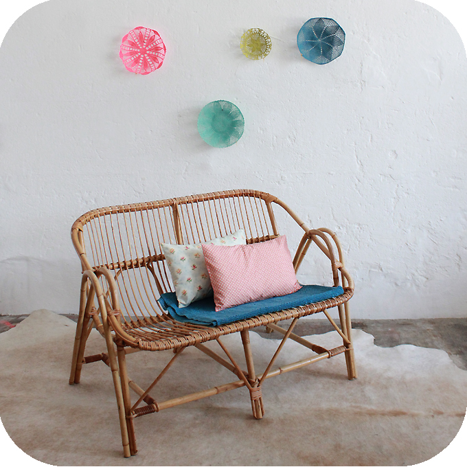 banquette en rotin free vendu voir produit banquette en. Black Bedroom Furniture Sets. Home Design Ideas