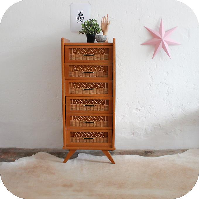 chiffonnier vintage amazing chiffonnier vintage crus. Black Bedroom Furniture Sets. Home Design Ideas