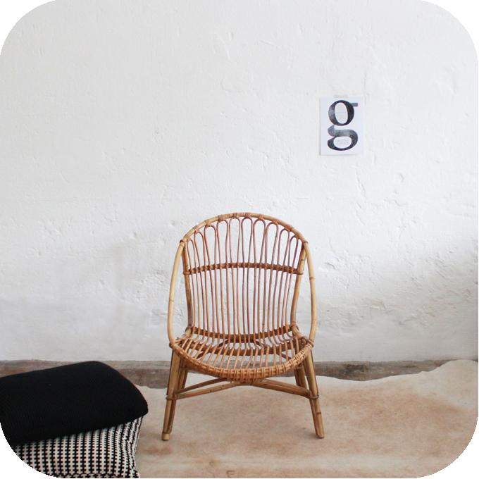 D440_mobilier-vintage-fauteuil-rotin-vintage-a