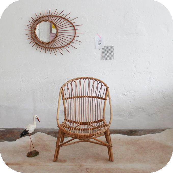 D441_mobilier-vintage-fauteuil-rotin-vintage-aa