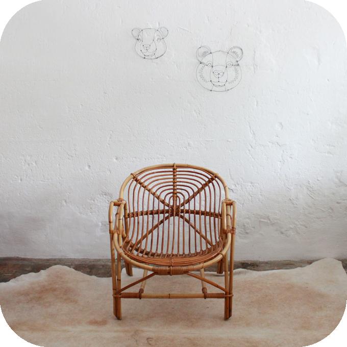 D541_mobilier-vintage-fauteuil-rotin-vintage-aa