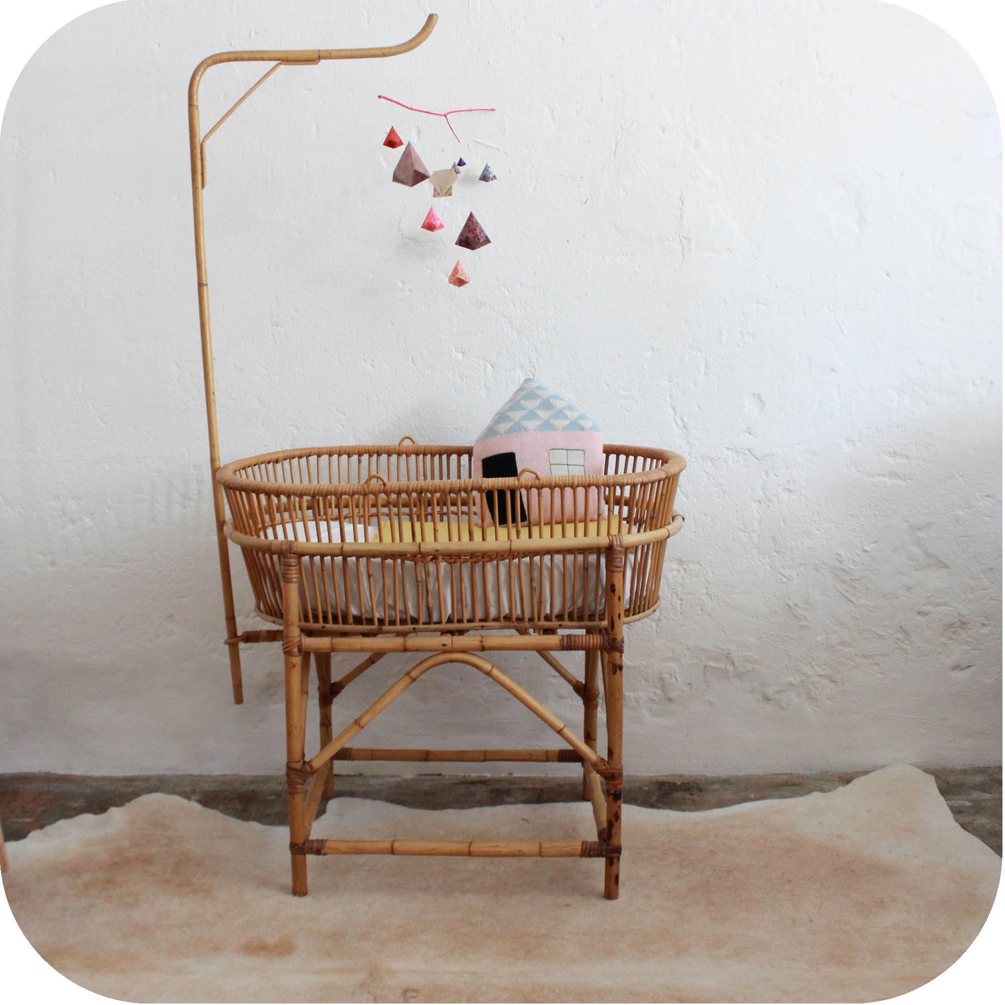 Berceau Avec Rangement : Mobilier vintage lit bébé rotin atelier du