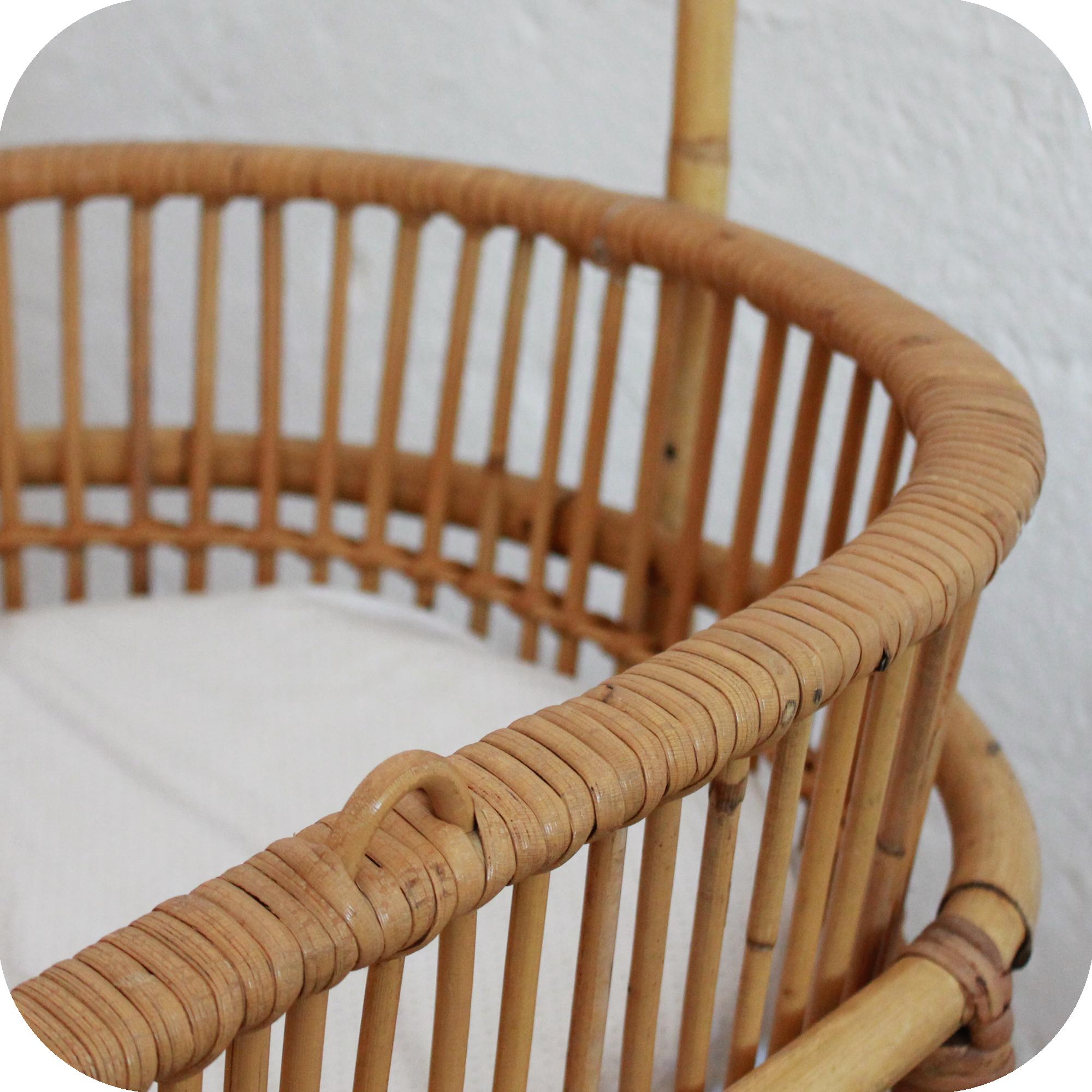 d526 mobilier vintage berceau vintage lit b b vintage e atelier du petit parc. Black Bedroom Furniture Sets. Home Design Ideas