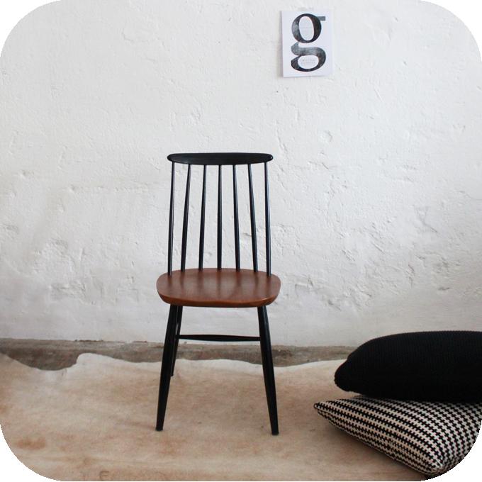 chaise vintage bois scandinave ilmari tapiovaara atelier du petit parc. Black Bedroom Furniture Sets. Home Design Ideas