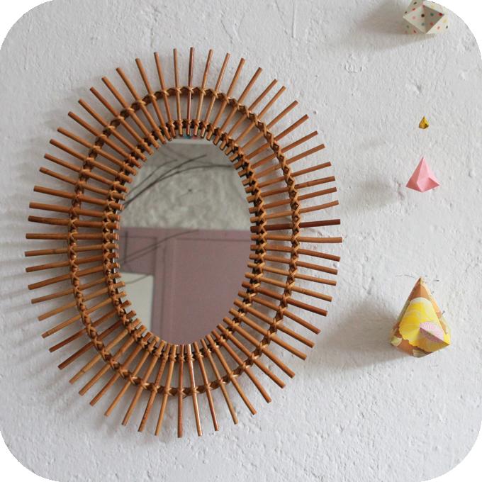 d280 miroir rotin vintage ovale soleil a atelier du. Black Bedroom Furniture Sets. Home Design Ideas