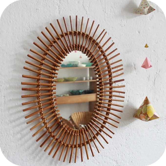 d280 miroir rotin vintage ovale soleil d atelier du petit parc. Black Bedroom Furniture Sets. Home Design Ideas