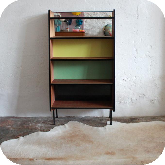 D593_Bibliotheque-vintage-guariche-a