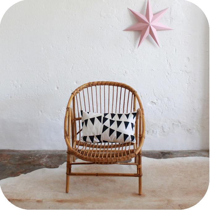 fauteuil r tro en rotin atelier du petit parc. Black Bedroom Furniture Sets. Home Design Ideas