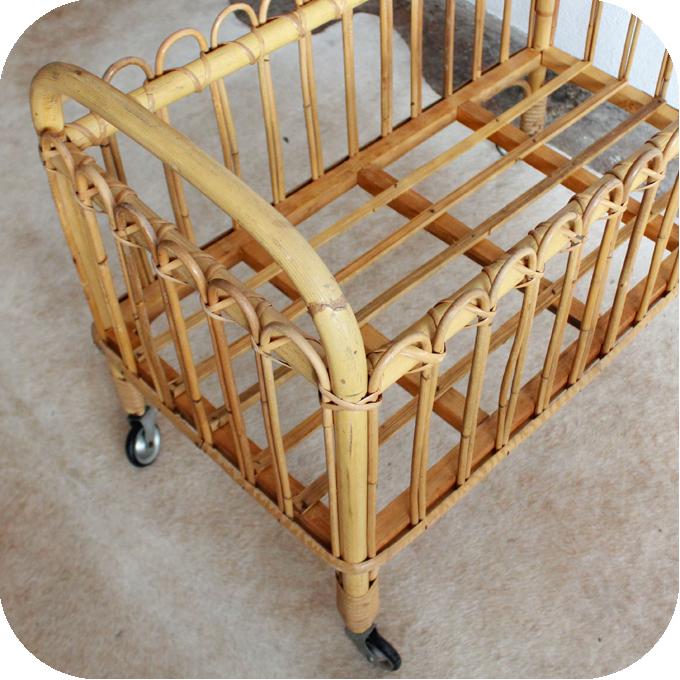 j324 lit berceau poupee jouet vintage e atelier du petit parc. Black Bedroom Furniture Sets. Home Design Ideas