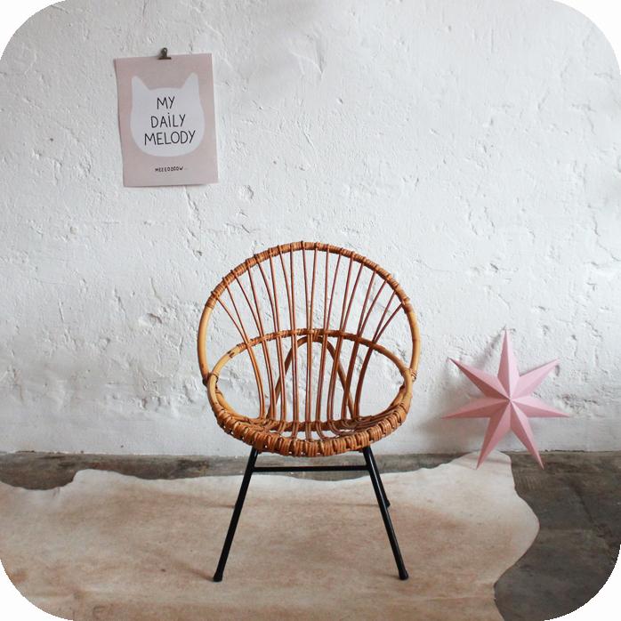 E203_fauteuil-ancien-rotin-vintage-a