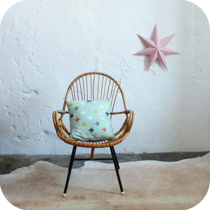 E309_mobilier-vintage-abraham-fauteuil-rotin-a