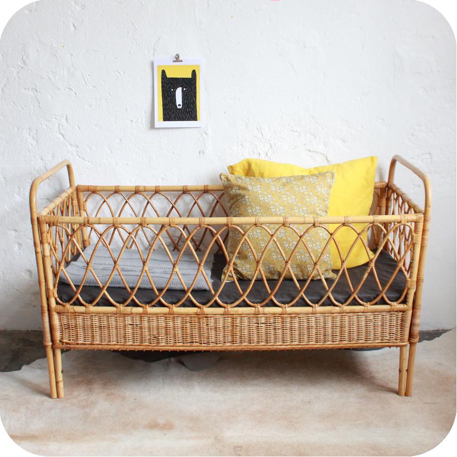 lit b b rotin vintage ann es 50 ann es 60 atelier du. Black Bedroom Furniture Sets. Home Design Ideas