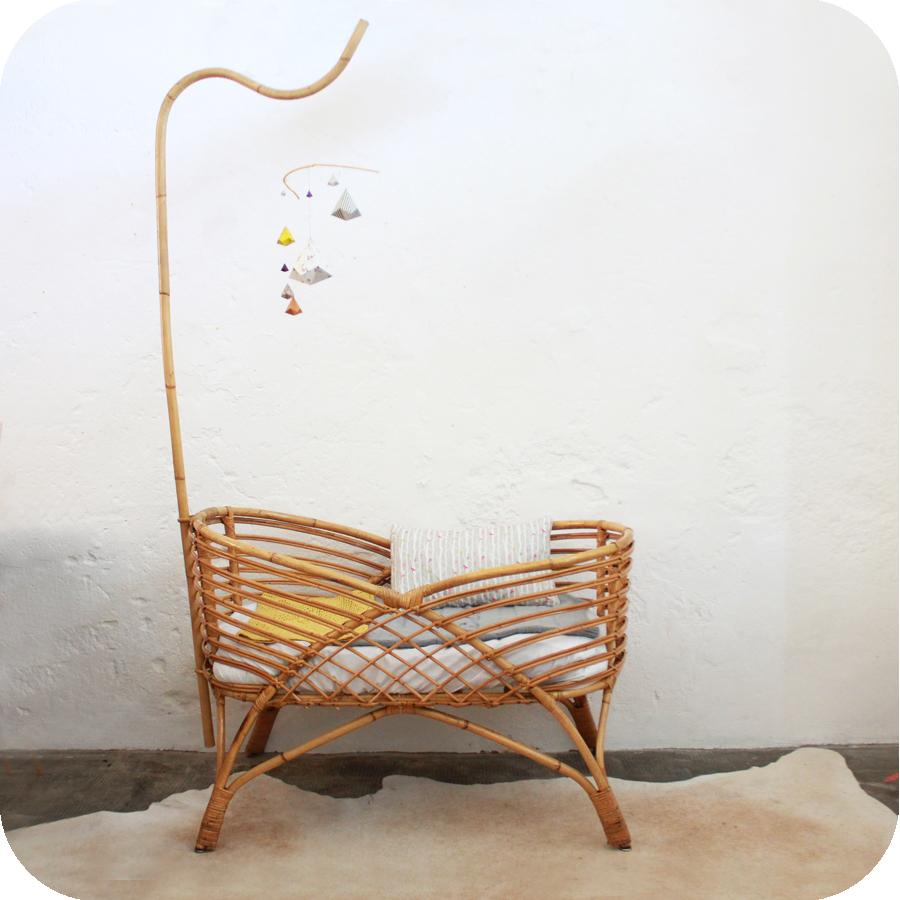 berceau ancien b b nantes atelier du petit parc. Black Bedroom Furniture Sets. Home Design Ideas