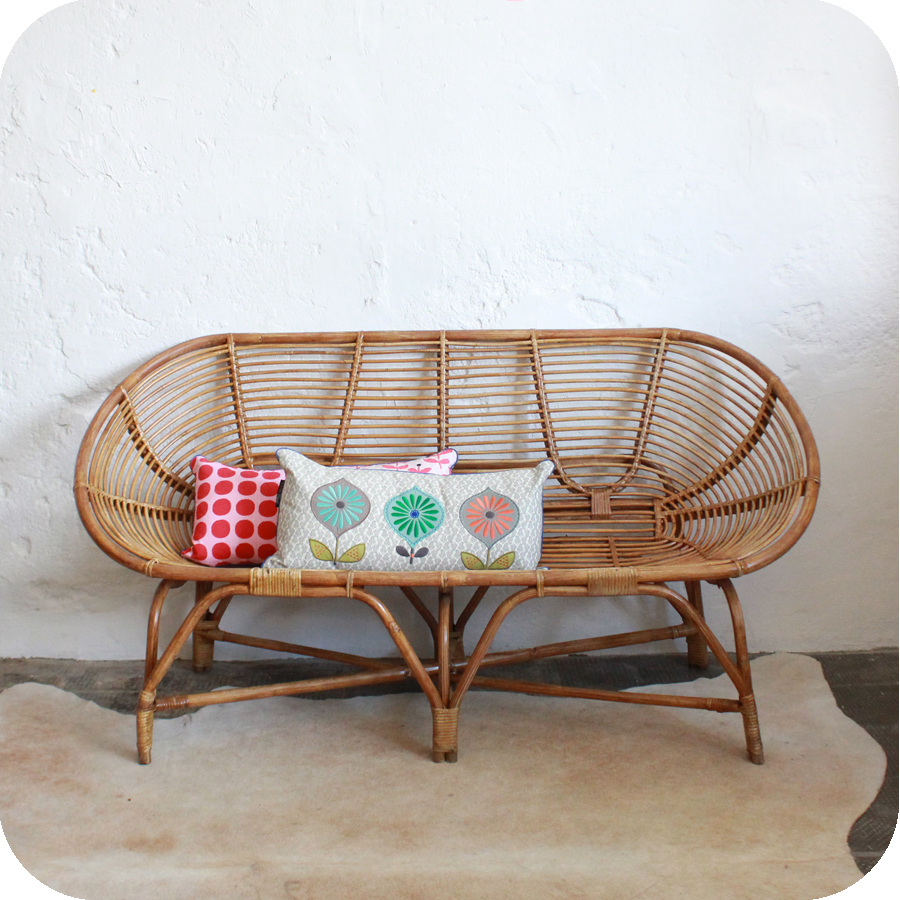 banquette en rotin with banquette en rotin finest chaise en rotin alsia with banquette en. Black Bedroom Furniture Sets. Home Design Ideas
