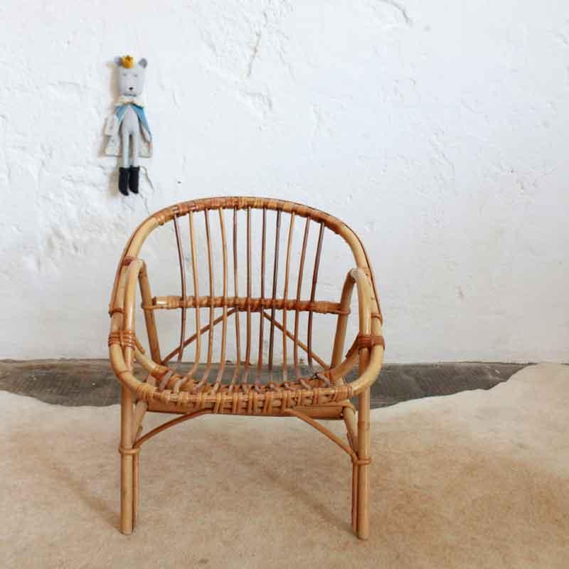 e474 fauteuil rotin enfant vintage a atelier du petit parc. Black Bedroom Furniture Sets. Home Design Ideas