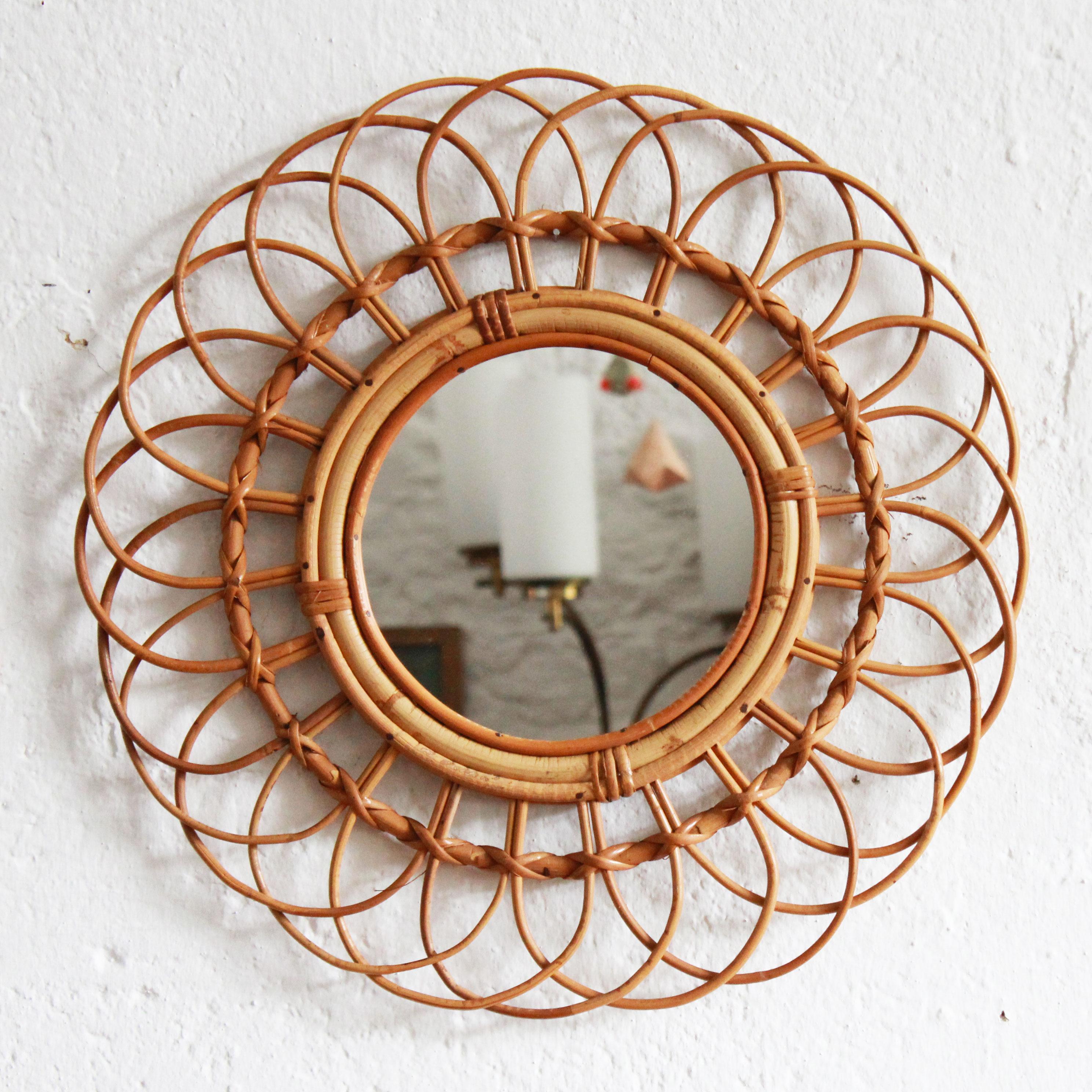 E493_Miroir-rotin-vintage-ancien-a