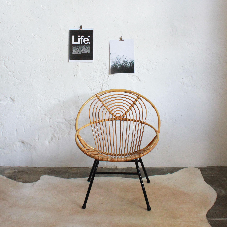 E575_Fauteuil-rotin-vintage-spirale-a
