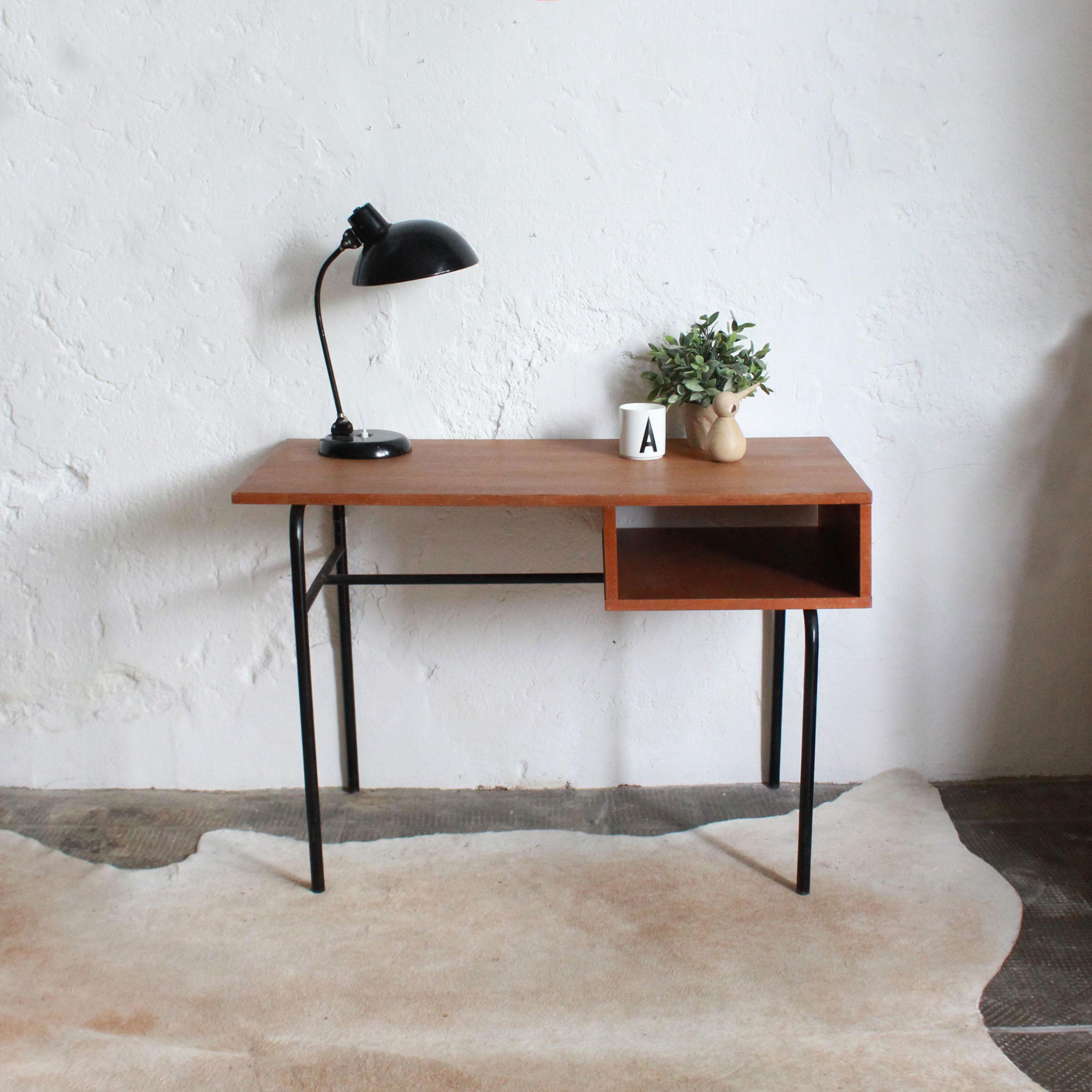 bureau vintage moderniste ancien atelier du petit parc. Black Bedroom Furniture Sets. Home Design Ideas