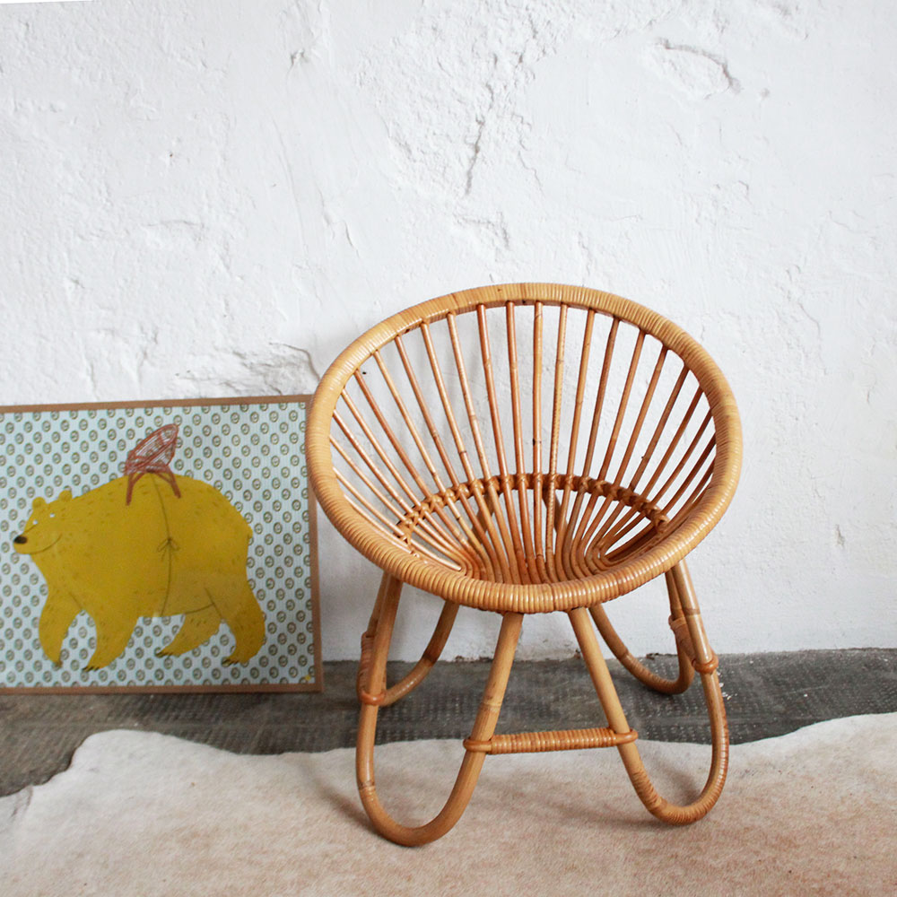 fauteuil rotin vintage forme coquille pour enfant atelier du petit parc. Black Bedroom Furniture Sets. Home Design Ideas